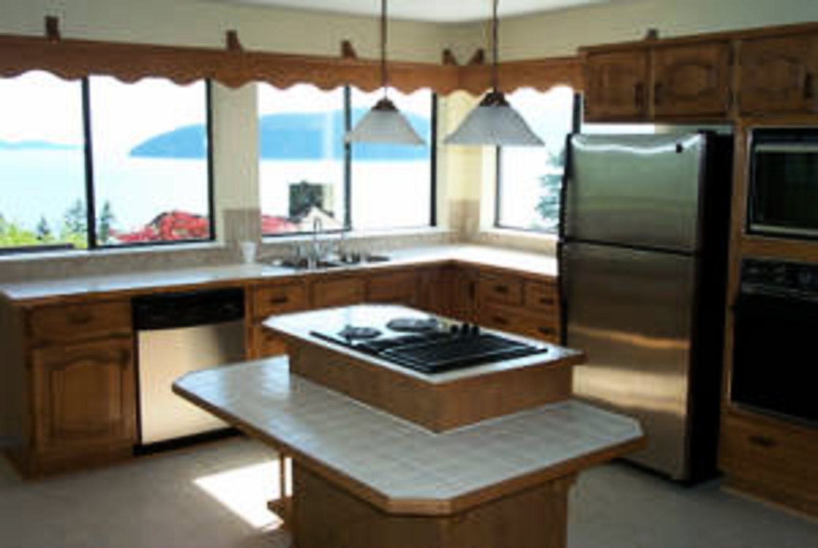 Kitchen with Island Fantastic views