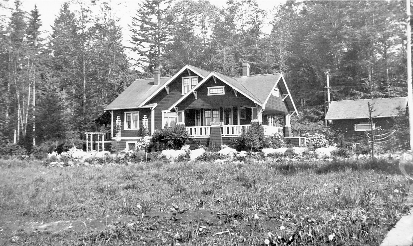 Back of House 1923