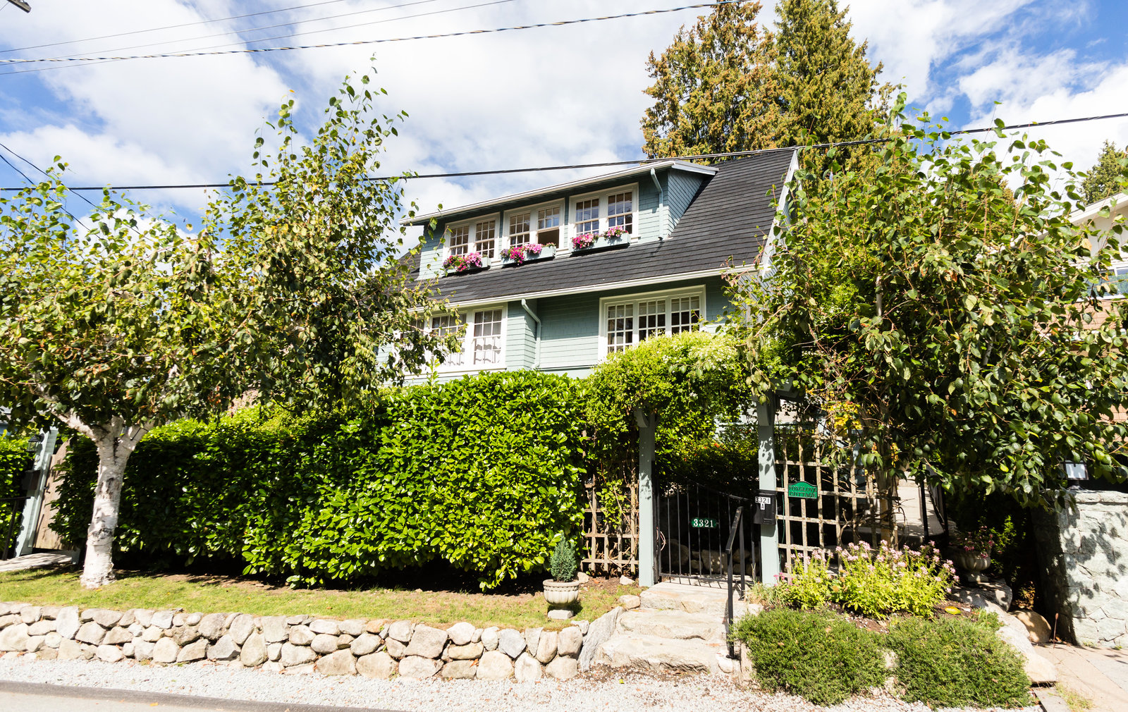 3321 Radcliffe Avenue, West Vancouver, BC - Real Estate by Tom Hassan