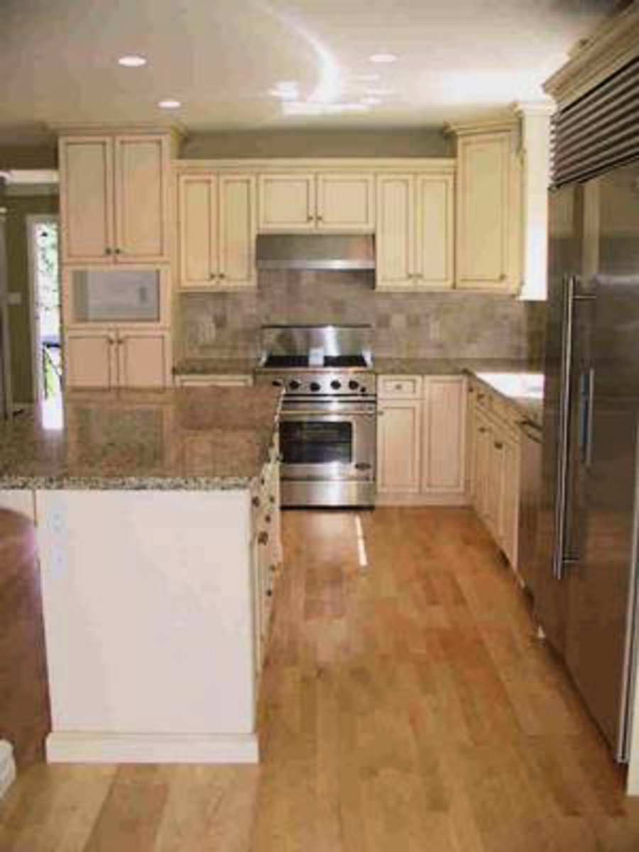 Gourmet Kitchen Granite countertops, Sub-Zero fridge, Bosch dishwasher and much more..