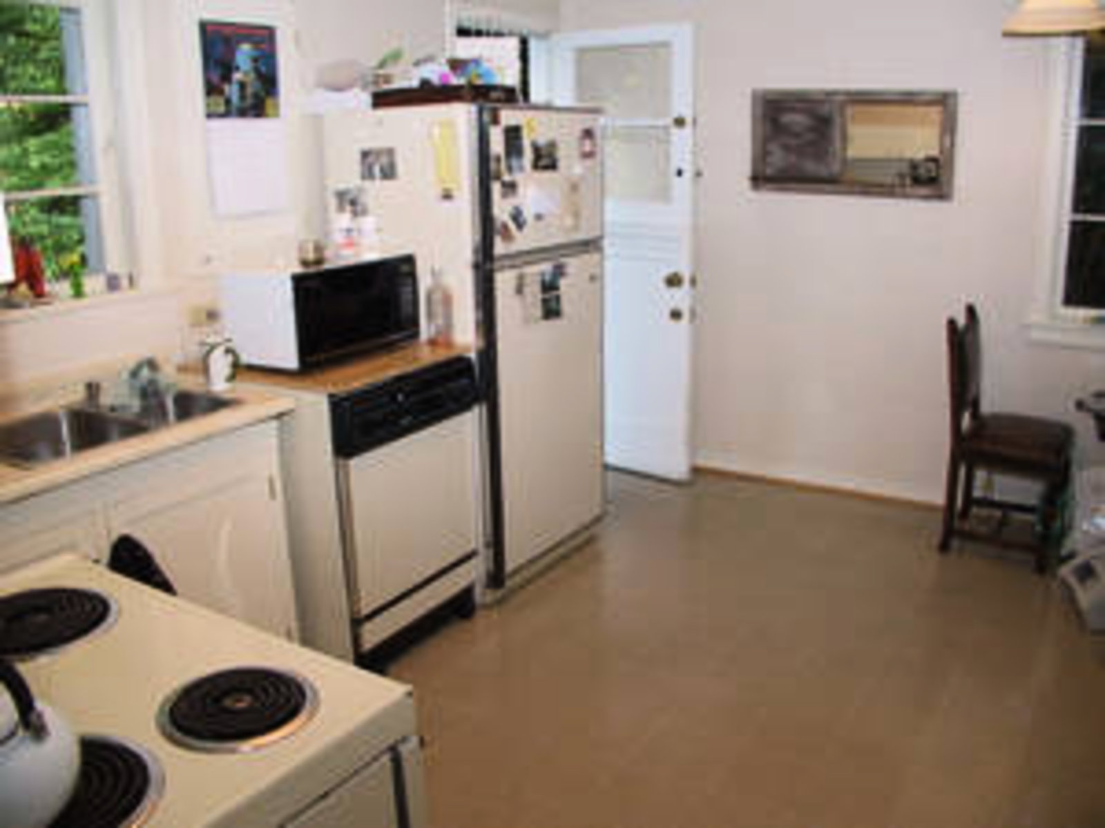 Kitchen Main Floor