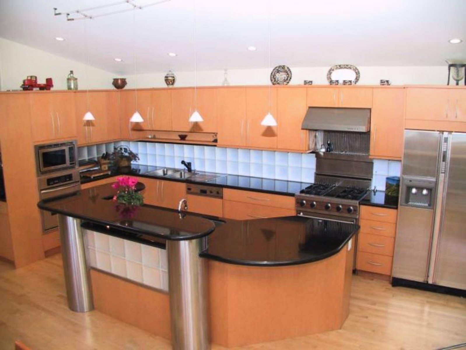 Kitchen- Miele Ultraline Appliances