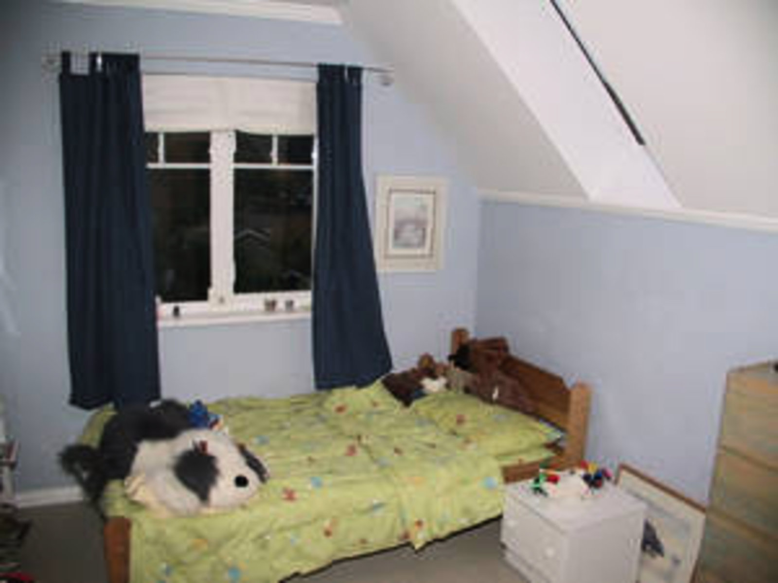 Upstairs Bedroom 3