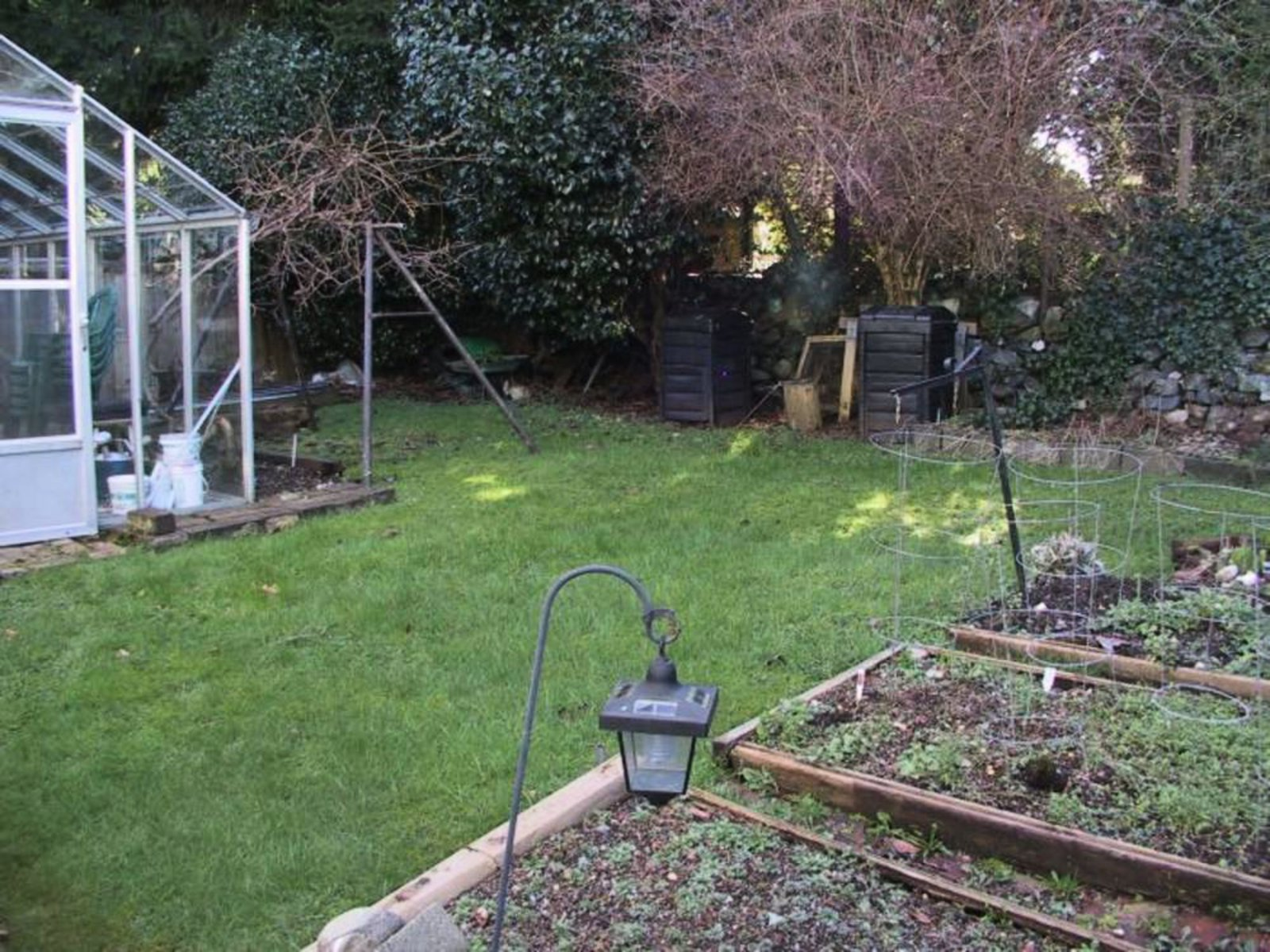 Backyard Gardeners paradise with green house...or convert to childrens play area.