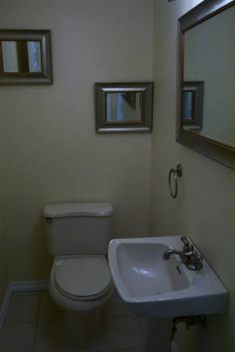 Powder Room Main Floor